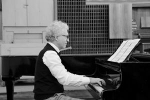 Sinfonia Abellana,il 28 luglio al castello illuminato il concerto gratuito