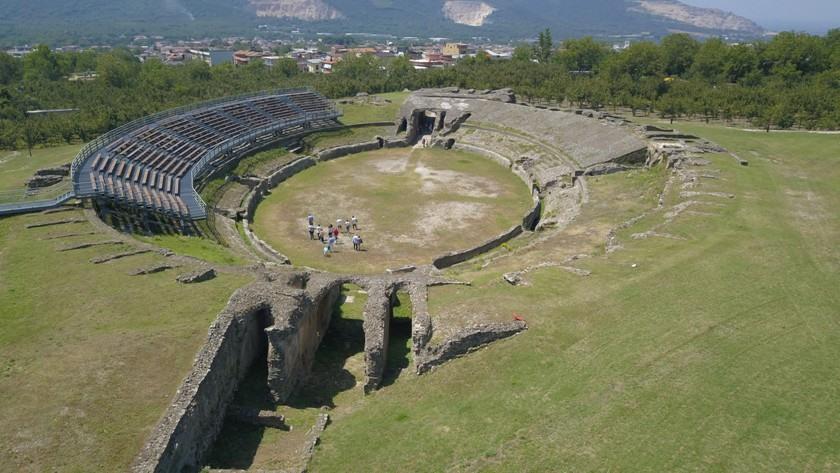 Visita Avella Città d'Arte,terra d'Irpinia nel cuore della Campania