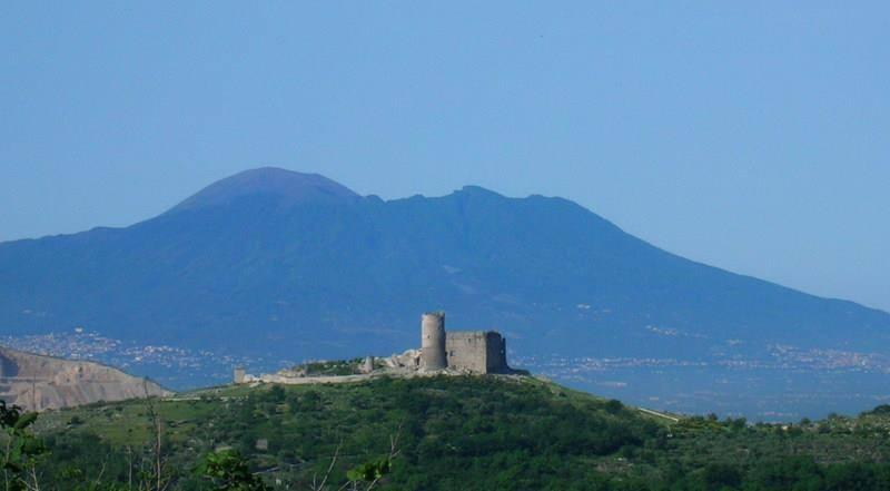 Un viaggio emozionale nel Castello di Avella